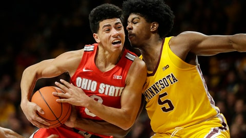 <p>               FILE - In this Dec. 15, 2019, file photo, Minnesota guard Marcus Carr (5) plays defense against Ohio State guard D.J. Carton (3) in the second half during an NCAA college basketball game in Minneapolis. Former Ohio State guard Carton is transferring to Marquette. Marquette coach Steve Wojciechowski announced the addition of Carton on Thursday, April 16, 2020. (AP Photo/Andy Clayton-King, File)             </p>