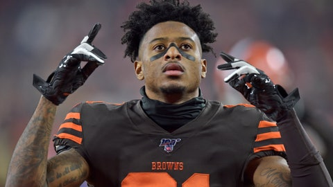 <p>               FILE - In this Nov. 14, 2019, file photo, Cleveland Browns wide receiver Rashard Higgins gestures before an NFL football game against the Pittsburgh Steelers in Cleveland. Higgins has agreed to a one-year contract to stay with the Cleveland Browns, a person familiar with the agreement told The Associated Press on Tuesday, April 28, 2020. (AP Photo/David Richard, File)             </p>
