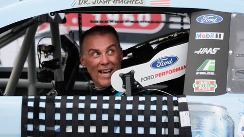<p>               Kevin Harvick arrives in victory lane after winning the NASCAR Cup Series auto race Sunday, May 17, 2020, in Darlington, S.C. (AP Photo/Brynn Anderson)             </p>