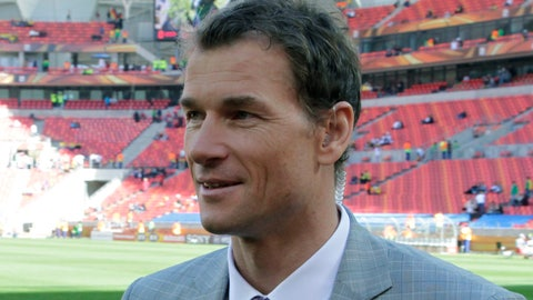 <p>               FILE - In this Friday, June 18, 2010 file photo, former German national soccer team  Jens Lehmann stands on the pitch prior to the World Cup group D soccer match between Germany and Serbia at Nelson Mandela Bay Stadium in Port Elizabeth, South Africa. Hertha Berlin has demonstrated its ambition once again by signing former Germany and Arsenal goalkeeper Jens Lehmann to take Jürgen Klinsmann's place in the club's supervisory board. Lehmann's appointment Sunday, May 10, 2020 as a sporting consultant coincides with the club also hiring the agent Marc Kosicke for the supervisory board. (AP Photo/Gero Breloer, File)             </p>