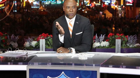 <p>               FILE - In this April 25, 2019, file photo, Charles Davis speaks on the NFL Network set in Nashville, Tenn. Davis is moving from the Fox Sports booth to CBS. The network announced on Tuesday, May 5, 2020, that Davis will be an analyst for its NFL coverage and contributing to football coverage on CBS Sports Network. (AP Photo/Gregory Payan, File)             </p>