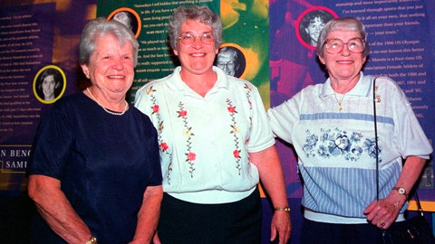 <p>               FILE - In this Aug. 3, 1999, file photo. former women's professional baseball players Mary Pratt, left, of Quincy, Mass., and Maddy English, right, of Everett, Mass., are joined by their friend Marie Cronin, center, at the opening of the New England Women's Sports Hall of Fame in Saugus, Mass. Pratt and English were members of the All-American Girls Professional Baseball League in the 1940s. Pratt, who played for the Rockford Peaches and Kenosha Comets in the All-American Girls Professional Baseball League, passed away peacefully at a nursing home, according to her nephew, Walter Pratt. She was 101.(AP Photo/Steven Tackeff, File)             </p>