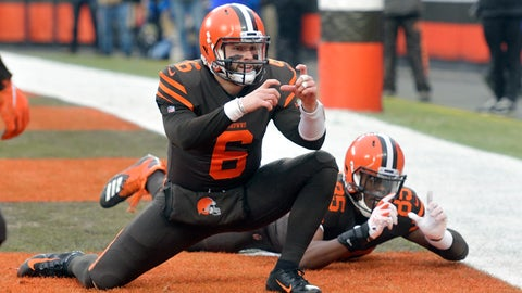 <p>               FILE - In this Dec. 23, 2018 file photo Cleveland Browns quarterback Baker Mayfield (6) and tight end David Njoku (85) celebrate after a touchdown reception by wide receiver Rashard Higgins (not pictured) in the third quarter of an NFL football game against the Cincinnati Bengals in Cleveland. Mayfield isn't waiting around for the NFL to re-open the Browns' facility. Cleveland's quarterback invited several teammates, including tight end David Njoku and wide receiver Rashard Higgins, to work out with him in Texas during the COVID-19 shutdown. Like the rest of the league, the Browns haven't been able to conduct organized offseason programs due to the virus outbreak. (AP Photo/David Richard)             </p>