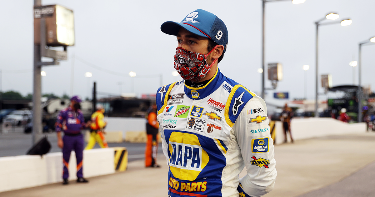 Chase Elliott feels middle-finger was right in light of Kyle Busch wrong thumbnail