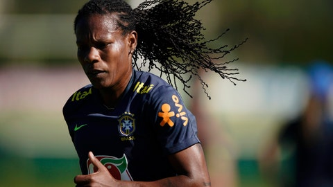 <p>               FILE - In this file photo dated Tuesday, Jan. 22, 2019, Brazil's Formiga during a practice session of the Brazilian national soccer team in preparation for the women's World Cup in France, at the Granja Comary training center in Teresopolis, Brazil.  An announcement Thursday May 7, 2020, says the 42-year-old midfielder Formiga has signed a new contract with French club Paris Saint-Germain to run until 2021. (AP Photo/Leo Correa, FILE)             </p>