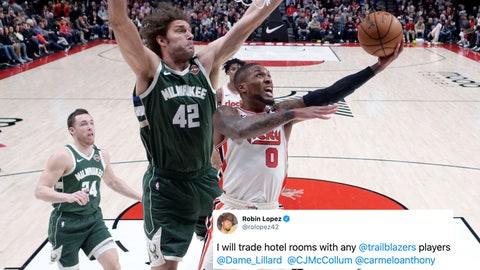 Robin Lopez, Bucks forward