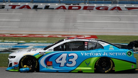 <p>               The car of Bubba Wallace (43) is prepped on pit row prior to the start of the NASCAR Cup Series auto race at the Talladega Superspeedway in Talladega Ala., Monday June 22, 2020. (AP Photo/John Bazemore)             </p>