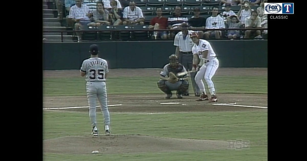 WATCH: Jose Canseco Gives Rangers an Early Lead | Rangers CLASSICS (VIDEO)