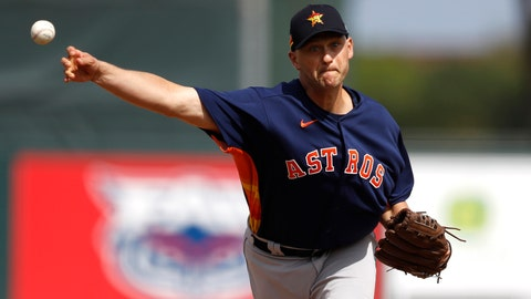 <p>               FILE- In this March 3, 2020, file photo, Houston Astros pitcher Jared Hughes throws to a St. Louis Cardinals batter during the third inning of a spring training baseball game in Jupiter, Fla. The sinkerballing reliever and the Mets agreed Tuesday, June 30, 2020, to a $700,000, one-year contract, a deal that amounts to $259,259 in prorated pay over the 60-game season. (AP Photo/Julio Cortez, File)             </p>