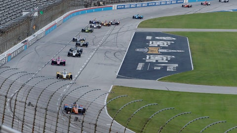 <p>               Scott Dixon, bottom, leads the field into Turn 1 during an IndyCar auto race at Texas Motor Speedway in Fort Worth, Texas, Saturday, June 6, 2020. Dixon won the race. (AP Photo/Tony Gutierrez)             </p>