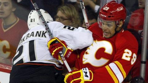 Akim Aliu, Calgary Flames