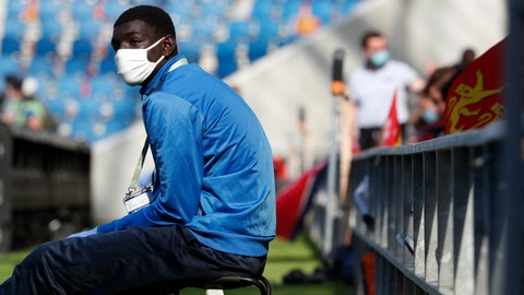 <p>               A ball carrier wears a face mask prior to the friendly soccer match between Paris Saint Germain and Le Havre, in Le Havre, western France, Sunday, July 12, 2020. For the first time since the coronavirus shut down sports and chased away spectators, Neymar, Kylian Mbappe and other soccer stars are going to play again in front of fans. (AP Photo/Thibault Camus)             </p>