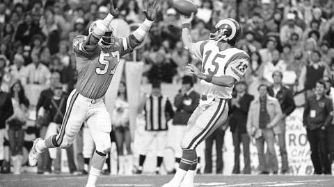 <p>               FILE - In this Sunday, Jan. 6, 1980, file photo, Tampa Bay Buccaneers' David Lewis, left, pressures Los Angeles Rams quarterback Vince Ferragamo during the NFC championship NFL football game in Tampa. Lewis, a key member of the Buccaneers' historic 1979 team that reached the NFC title game, has died. He was 65.  Lewis died Tuesday, July 14, 2020, in Tampa. The cause was not immediately known, but he had struggled with health issues in recent years. (AP Photo/File)             </p>