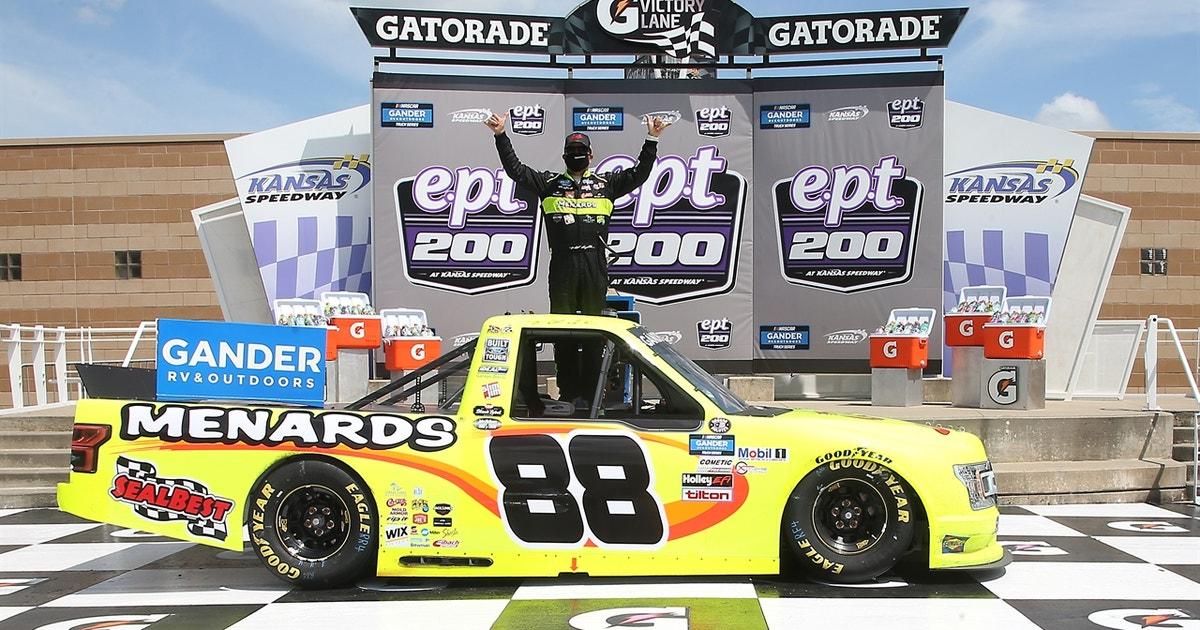LAST LAPS: Matt Crafton dominates the field at Kansas Speedway (VIDEO)