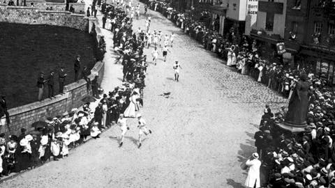 <p>               FILE - This July 1, 1908, file photo, shows the marathon at the 1908 Olympics in London. (PA via AP, File)             </p>