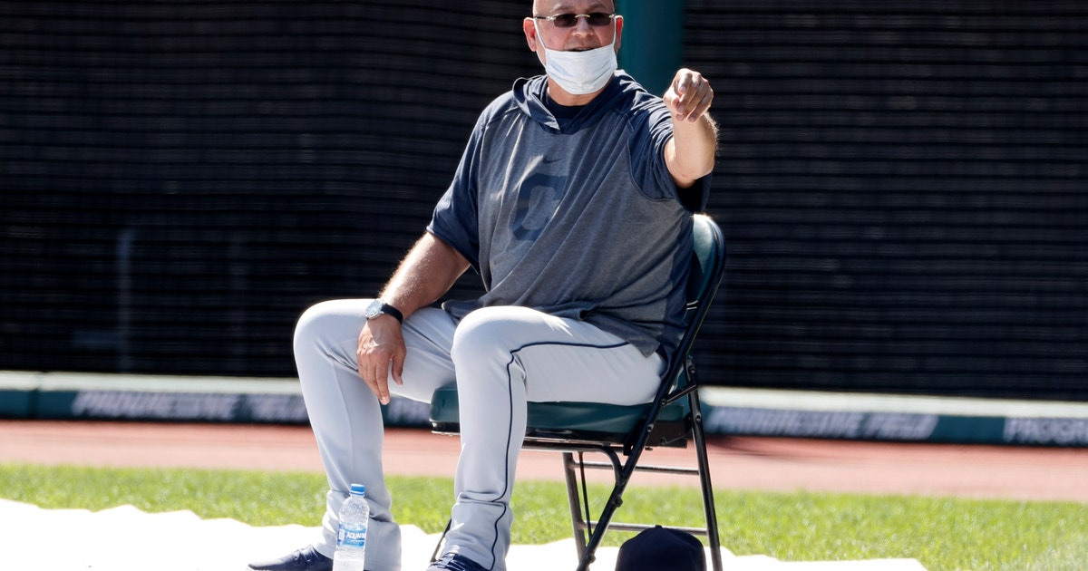 More positive tests, canceled workouts add to MLB unease thumbnail