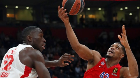 <p>               In this photo taken Friday, Feb. 21, 2020, CSKA Moscow's Kyle Hines, right, tries to score as Red Star's Michael Ojo block him during their Euroleague basketball match in Belgrade, Serbia. Former Florida State center Michael Ojo has died after collapsing during training in Serbia. Serbian Media and his former teammates say the 27-year-old Nigerian-born basketball player was on Friday taken to a hospital in the Serbian capital, but doctors failed to revive him. (AP Photo/Darko Vojinovic)             </p>