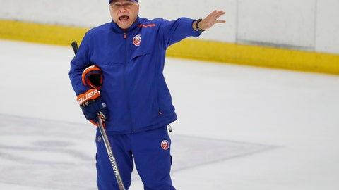 <p>               New York Islanders head coach Barry Trotz give instructions during a team practice, Monday, July 13, 2020, at the team's practice facility in East Meadow, N.Y. (AP Photo/Kathy Willens)             </p>
