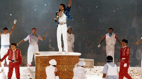 <p>               FILE - In this Aug. 12, 1984, file photo, American singer Lionel Ritchie performs during the closing ceremony of the Summer Olympics Games in Los Angeles, (AP Photo/File)             </p>