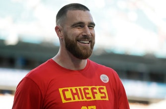 Chiefs pay TE Kelce like a wide receiver, and he plays like one