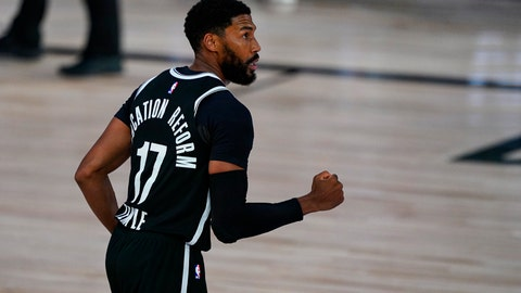 <p>               Brooklyn Nets guard Garrett Temple (17) celebrates three-point basket in the closing seconds to defeat the Milwaukee Bucks 119-116 in an NBA basketball game Tuesday, Aug. 4, 2020 in Lake Buena Vista, Fla. (AP Photo/Ashley Landis)             </p>