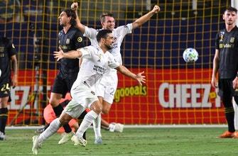 LA Galaxy dominate El Trafico again, pummel LAFC, 3-0