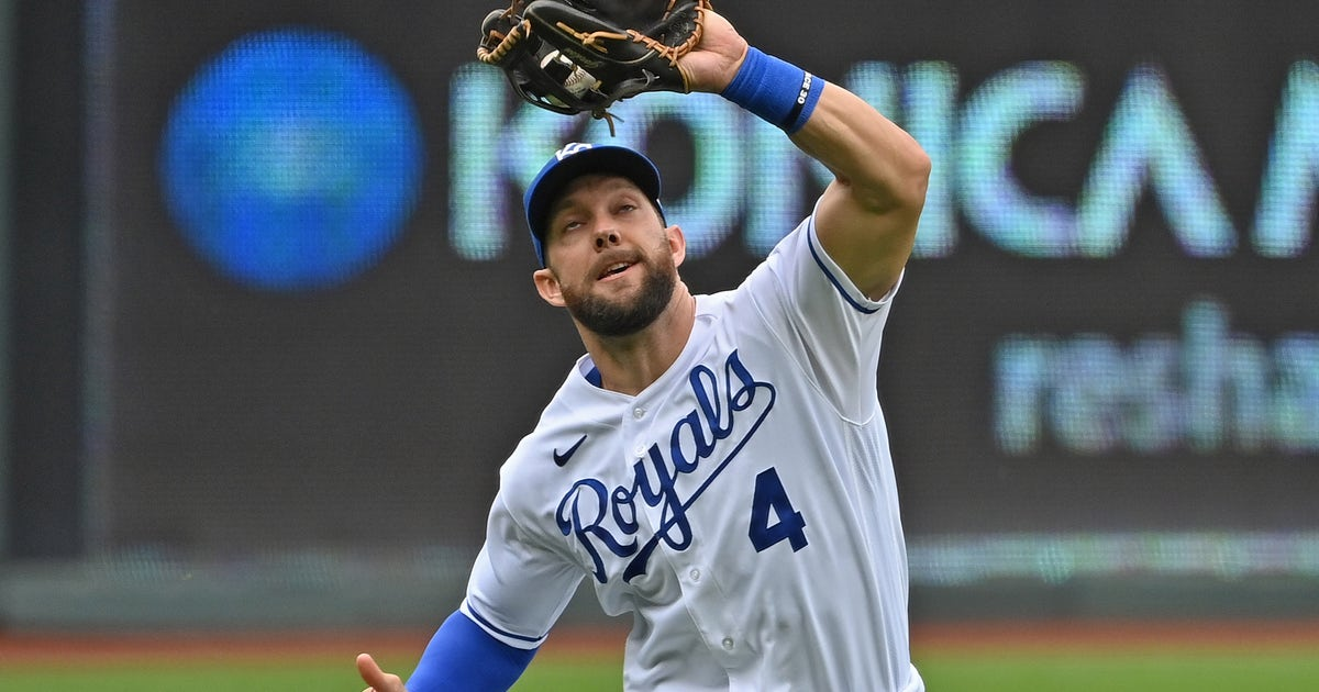 Gordo puts cherry on top of Royals career with second Platinum Glove