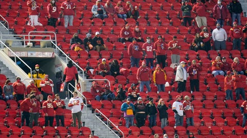 Chiefs fans to quarantine after COVID-19 exposure at game