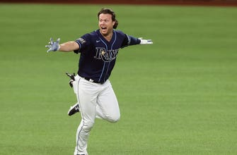 Brett Phillips hits walk-off, Randy Arozarena sets another MLB record as Rays even World Series with Dodgers at 2-2