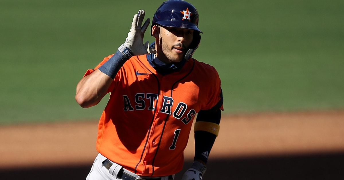 Carlos Correa clubs fifth homer of the postseason in Game 2 of the ALCS
