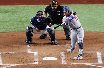 Justin Turner solo homer gives Dodgers an early 1-0 lead over Rays in Game 3 of World Series