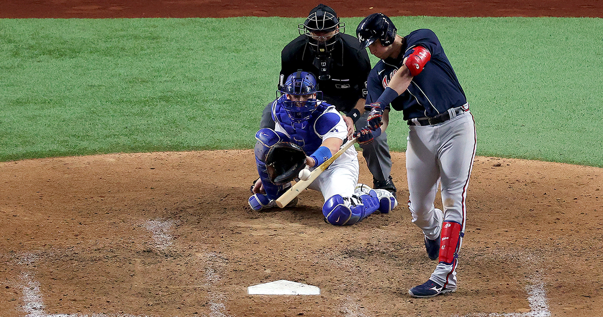 Braves' late rally pushes them past Dodgers in NLCS Game 1, 5-1