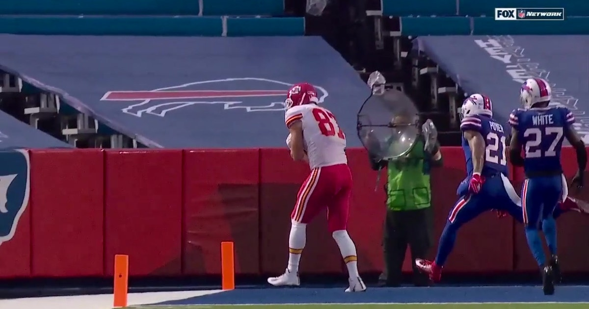 Travis Kelce hauls in tip-toe TD catch from Patrick Mahomes vs. Bills