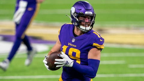 Minnesota Vikings' Adam Thielen heads to the Reserve/COVID-19 list