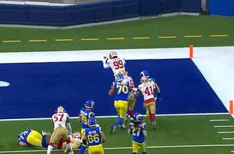 49ers DT Javon Kinlaw picks off Jared Goff and takes it to the house for a pick-six vs. Rams