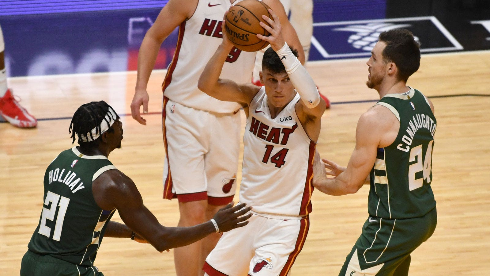 Miami Heat 119, Milwaukee Bucks 108