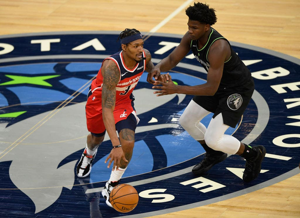 Wolves can't stop Beal, Wizards in 130-109 loss | FOX Sports