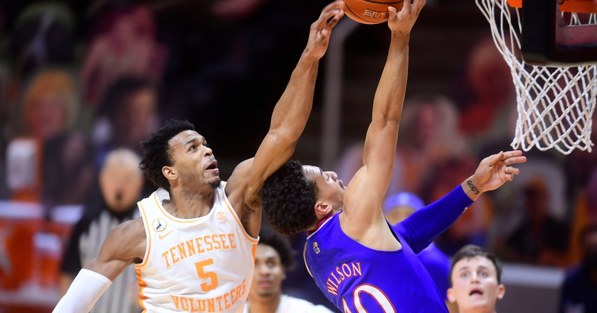 Kansas falls to No. 18 Tennessee 80-61, fourth loss in last five games