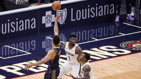 Jan 4, 2021; New Orleans, Louisiana, USA; Indiana Pacers guard Malcolm Brogdon (7) shoots against the New Orleans Pelicans during overtime at the Smoothie King Center. Mandatory Credit: Derick E. Hingle-USA TODAY Sports