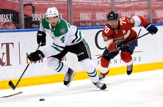 Panthers stun Stars 3-2 with late rally