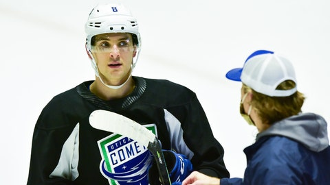 Comets player Steve Santini talks with head coach Trent Cull during practice on Thursday, Feb 4, 2021 at the Adirondack Bank Center at the Utica Memorial Auditorium. Nyuti P 020521 Comets Practice 17