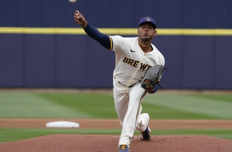 Hiura goes yard in Brewers' 7-5 loss to White Sox thumbnail