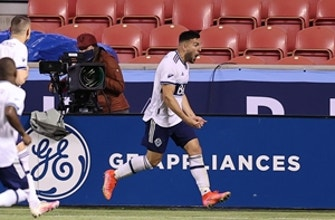 Lucas Cavallini's 49th-minute goal delivers Whitecaps 1-0 win over Portland Timbers