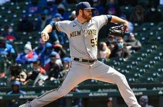 Brandon Woodruff dazzles in Brewers' 6-0 trouncing of Cubs thumbnail