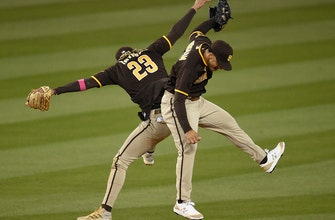 Padres erase six-run deficit to defeat Dodgers, 8-7, in 11 innings