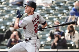 Twins win back-to-back versus Brewers, clinch series win thumbnail