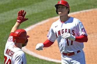 Rangers comeback stopped short as Angels win, 9-8