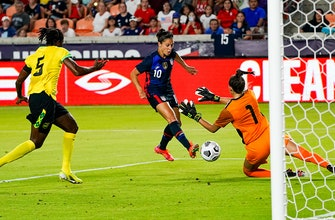 Alex Morgan, Carli Lloyd net goals for USWNT in 4-0 win over Jamaica