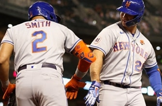 Pete Alonso homers, drives in four in triumphant return from IL as Mets top D'Backs, 6-2 thumbnail