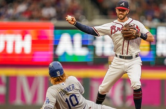 Braves overcome four-error defensive performance to defeat Dodgers, 6-4 thumbnail